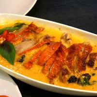 Canard au curry vert et noix de coco